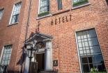 exterior-of-Hotel-7-Dublin